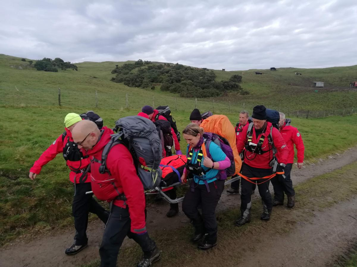 Trainee assessment stretcher carry
